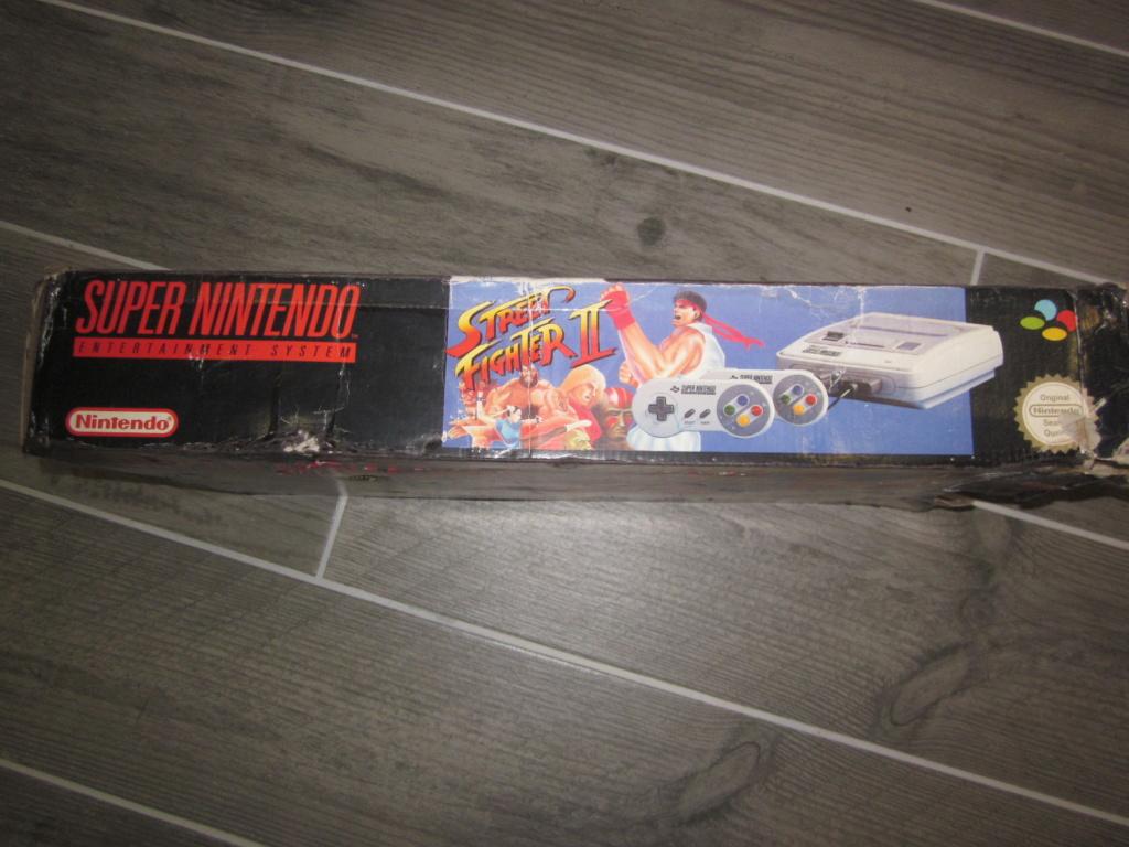 [Vendu] Console Super Nintendo Pack Street Fighter 2 Boite état moyen Img_4226