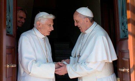 BERGOGLIO = 666 & BENEDETTO (Benoît XVI) = 666 !!! 9cn2et10