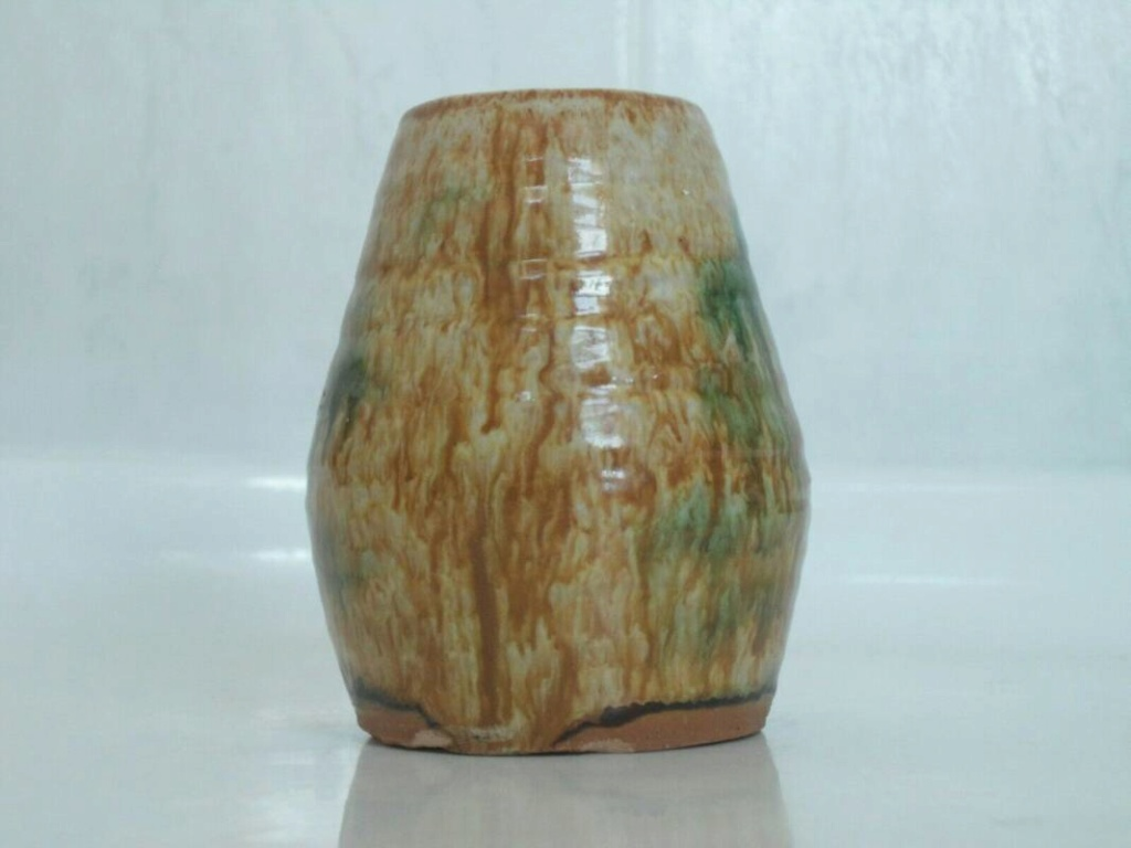 Sancai glaze pottery signed vase  _57_4510