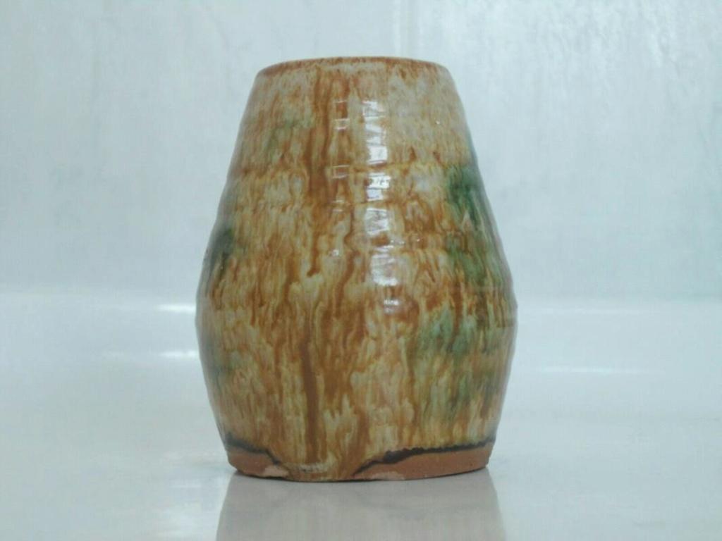 Sancai glaze pottery signed vase  _57_4510