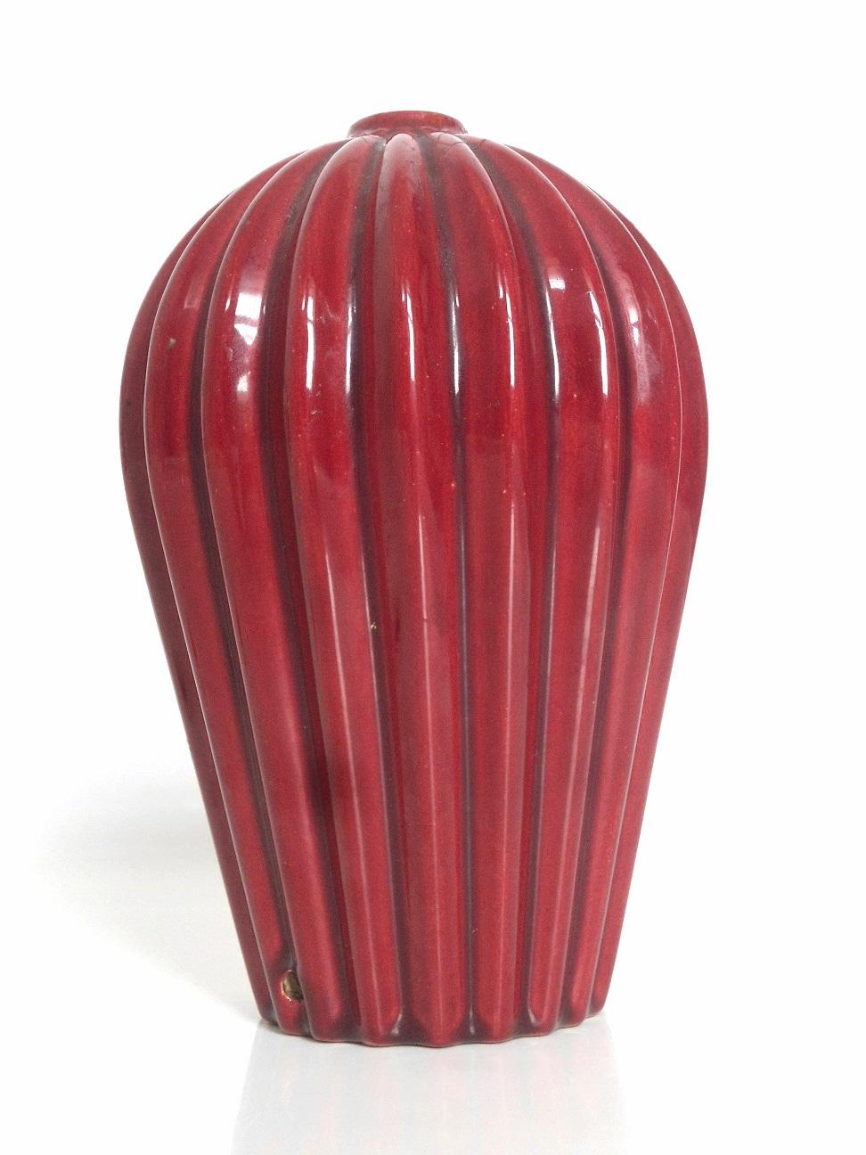 Red glaze lamp base id D110