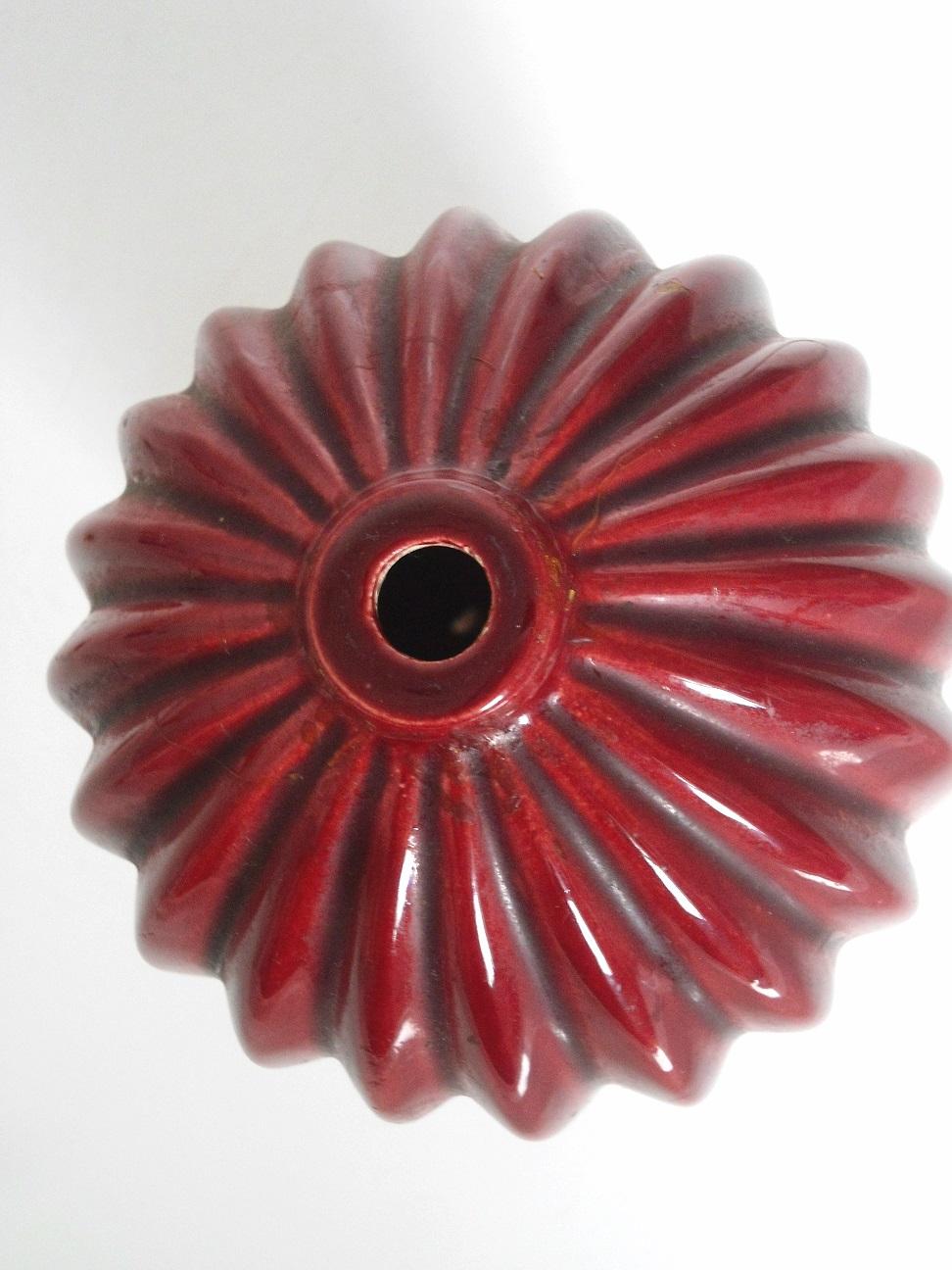 Red glaze lamp base id D310
