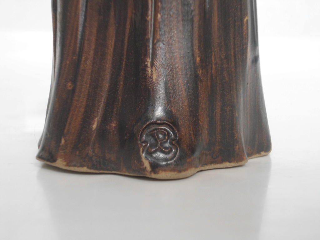 studio pottery figurine mark Monk4s10