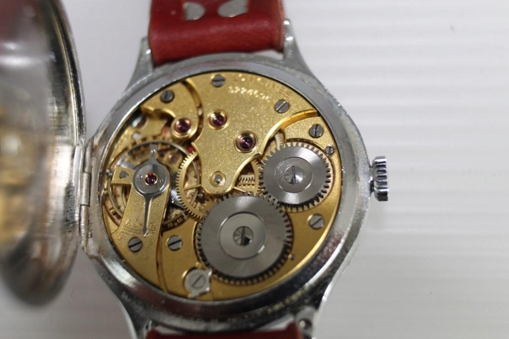 Jaeger -  [Postez ICI les demandes d'IDENTIFICATION et RENSEIGNEMENTS de vos montres] S-l16010