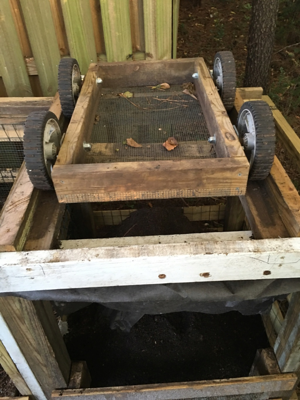Tips for compost tumbler - Page 6 2016-022