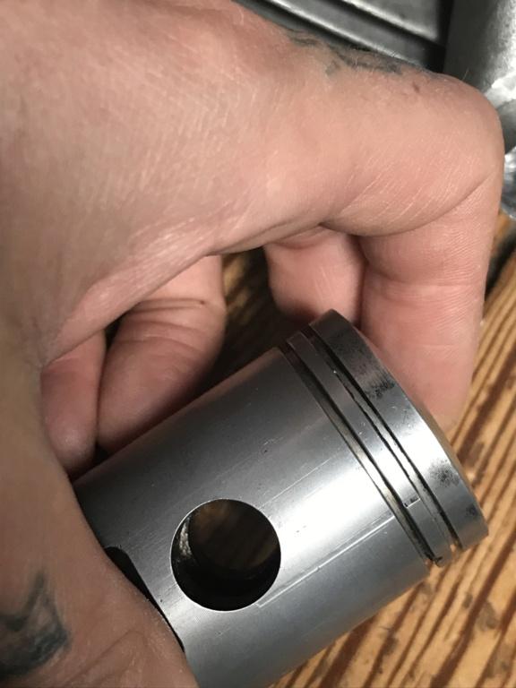 Usure cylindre alu chrome dur et piston Flandria (Moteur anguleux) 0bbae710