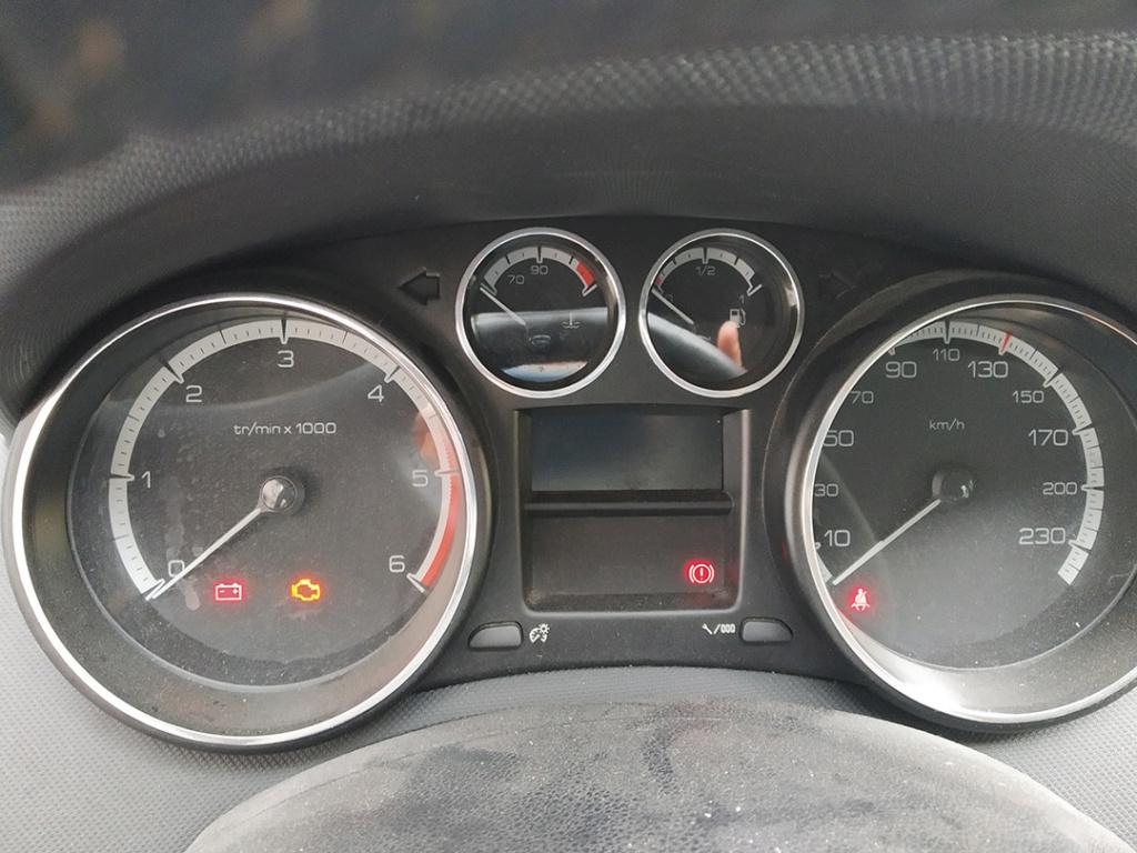 [ Peugeot 308 1.6 HDI PFAP an 2012 ] Impossible de démarrer 30810