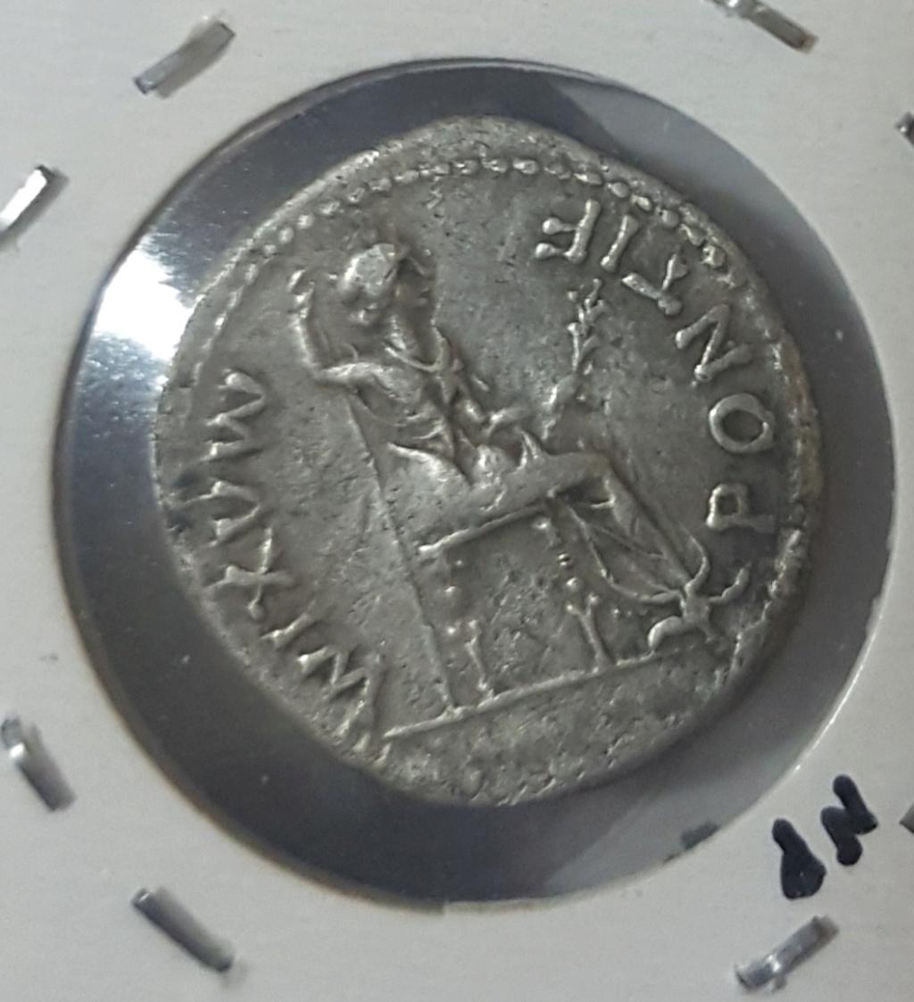 Denario de Tiberio. PONTIF MAXIM. Livia sedente a dcha. Lyon 20200414