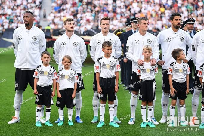 ¿Cuánto mide Timo Werner? - Altura - Real height Images13