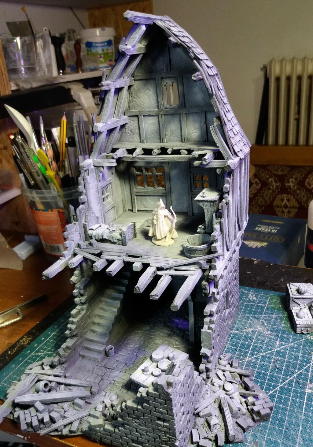 My project on Mordheim Table.  9a10