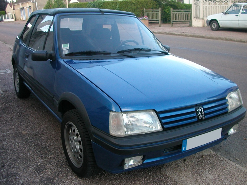 peugeot 205 cti export suisse bleu miami 63000 kms. Black Bedroom Furniture Sets. Home Design Ideas