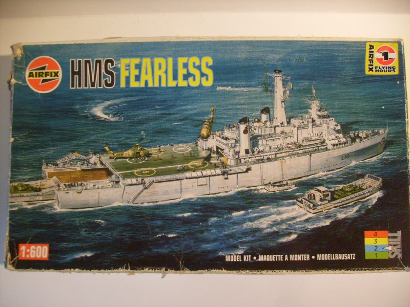 HMS Fearless au 1/600 eme - Airfix S7302834