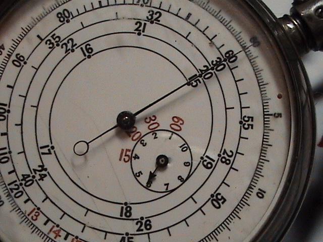 L'histoire des montres de chemins de fers - Page 2 Dsc02215
