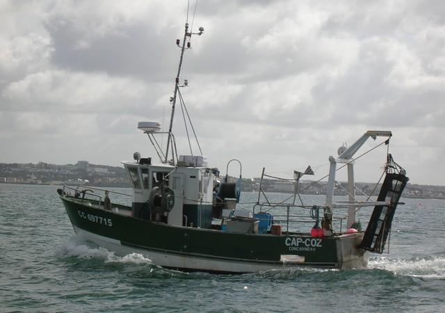 [VIE DES PORTS] Quelques bateaux de pêche (sur nos côtes Françaises) - Page 2 06_07_13