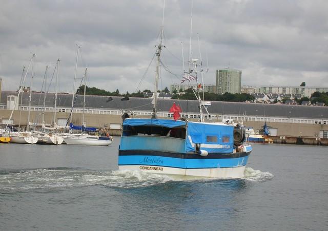 [VIE DES PORTS] Quelques bateaux de pêche (sur nos côtes Françaises) - Page 2 07_07101