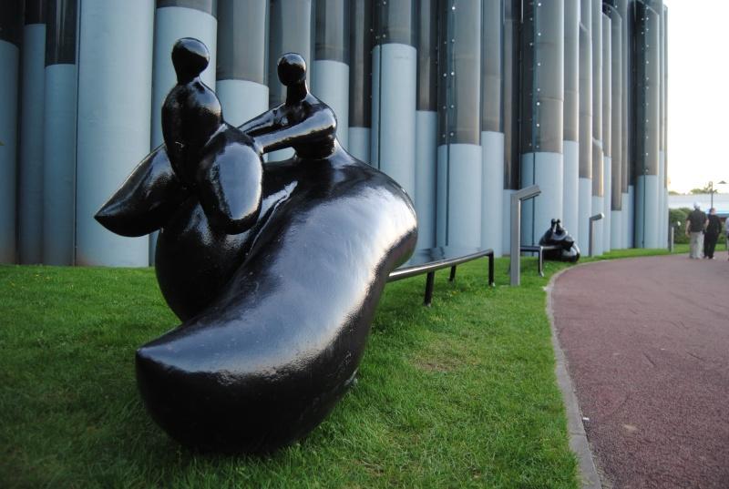 Les œuvres d'art, sculptures de Toutain, land art… - Page 12 Dsc_0610