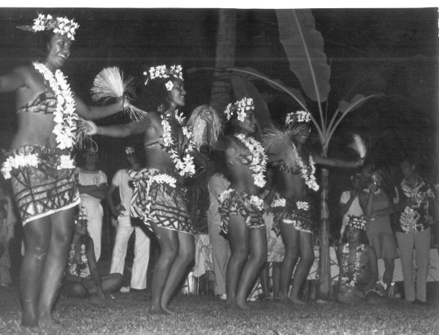 [Campagne C.E.P.] Tahiti en 1968 Scan0011