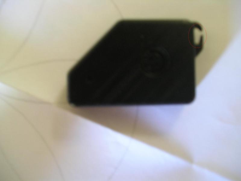 [BMW 325 i E36] Problème de boîtier de télécommande cassé P1010010