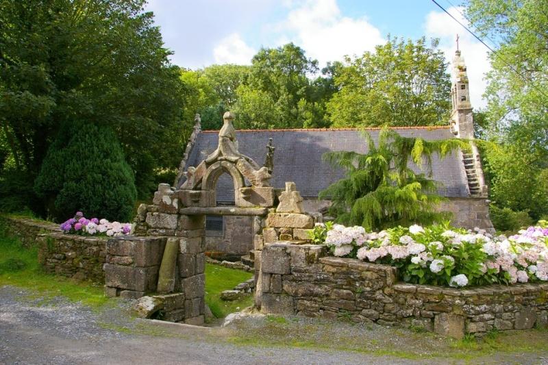 Notre-Dame du Traon ( Bretagne) Sg1l4714