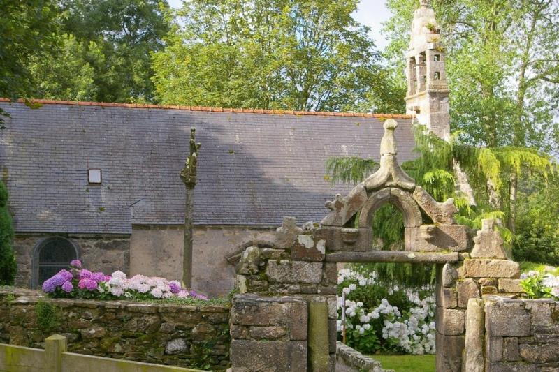 Notre-Dame du Traon ( Bretagne) Sg1l4716