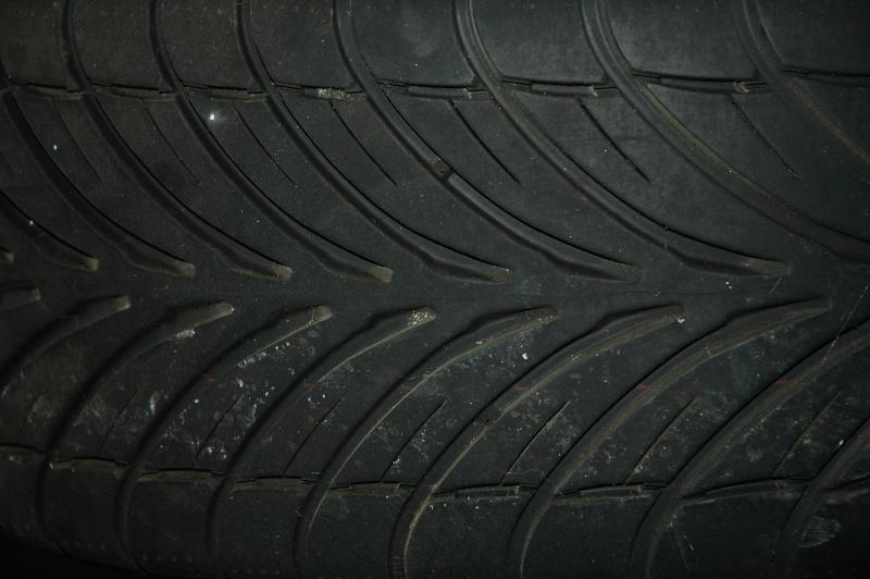 jantes en 15 pouces avec pneux pour renault Dsc_0012