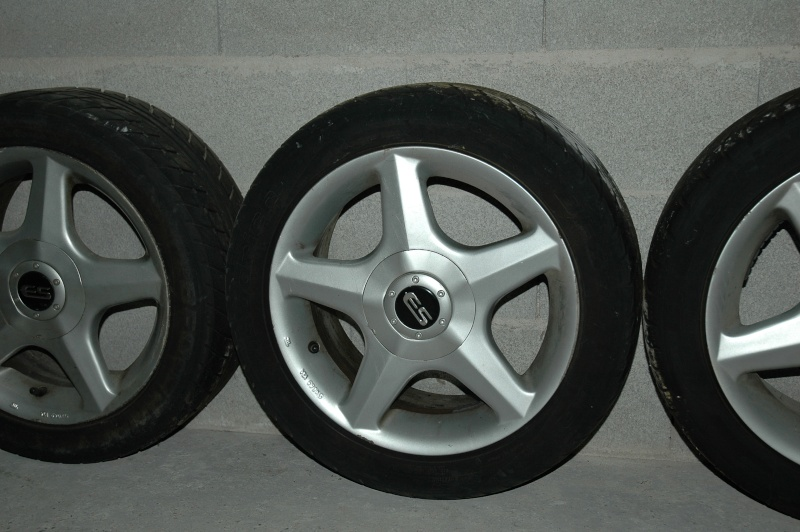 jantes en 15 pouces avec pneux pour renault Dsc_0014
