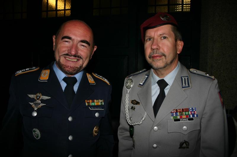 Le Président Union Nationale Parachutiste à tous! Paras_10
