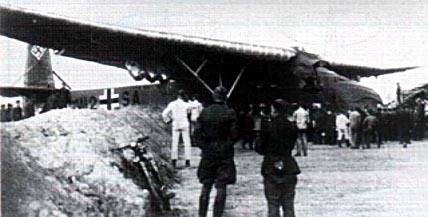 Planeurs géants allemands - Ju-322, Me-321 & 323 - Page 2 710