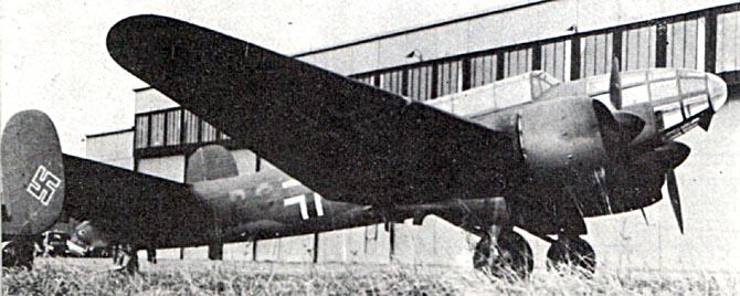 Planeurs géants allemands - Ju-322, Me-321 & 323 - Page 2 Mb175-10