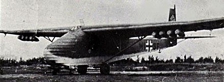 Planeurs géants allemands - Ju-322, Me-321 & 323 - Page 2 Me-32110
