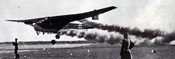 Planeurs géants allemands - Ju-322, Me-321 & 323 - Page 2 Me-32111