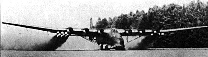 Planeurs géants allemands - Ju-322, Me-321 & 323 - Page 2 Me323-11