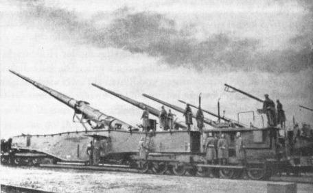 L'Artillerie Lourde sur Voie Ferrée 28-cmn10