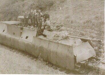 L'Artillerie Lourde sur Voie Ferrée - Page 2 Armtr210