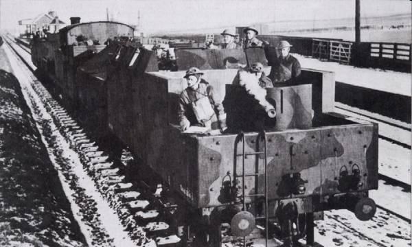 L'Artillerie Lourde sur Voie Ferrée - Page 2 Britra10