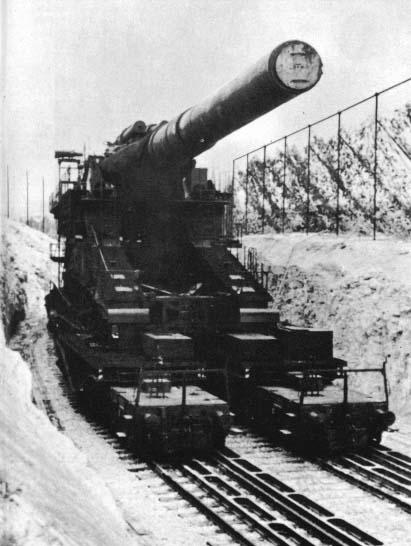 L'Artillerie Lourde sur Voie Ferrée Dora210