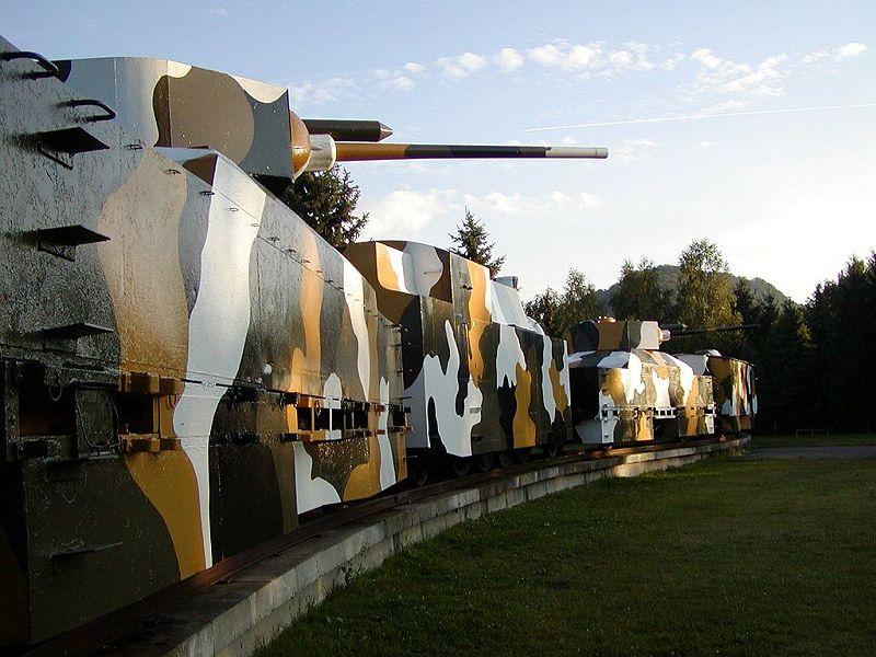L'Artillerie Lourde sur Voie Ferrée - Page 2 Pancie10