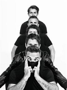 Q magazine [par Bryan Adams] octobre 2010 67344_10