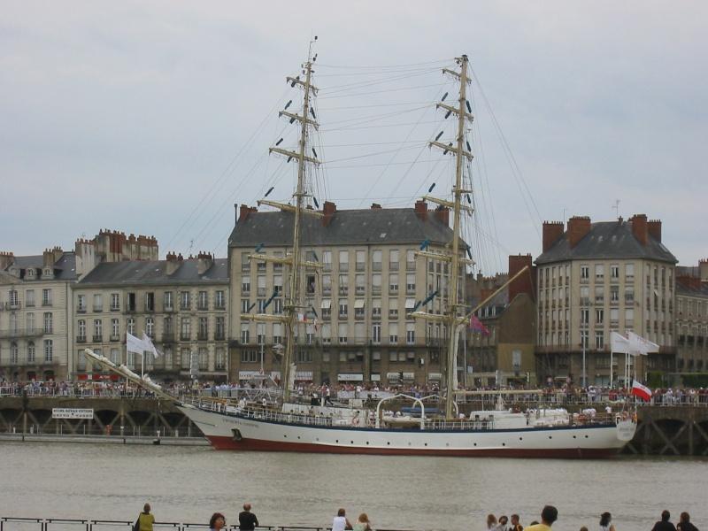 Des grands voiliers dans le port de Nantes Frydar10