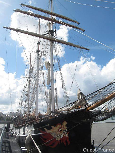 La Boudeuse se visite à Nantes jusqu'au 31/12/2010 Na15_210