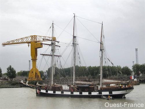 La Boudeuse se visite à Nantes jusqu'au 31/12/2010 Of_10011