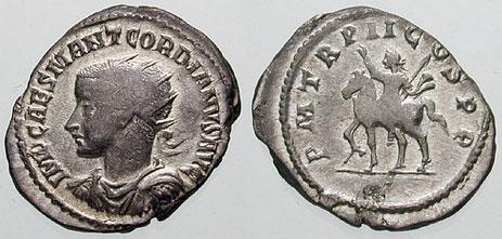 PAX avec une couronne/coiffe sur un anto de Gordien III ? - Page 2 Ric_0110