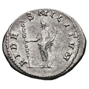 PAX avec une couronne/coiffe sur un anto de Gordien III ? - Page 2 Ric_0112