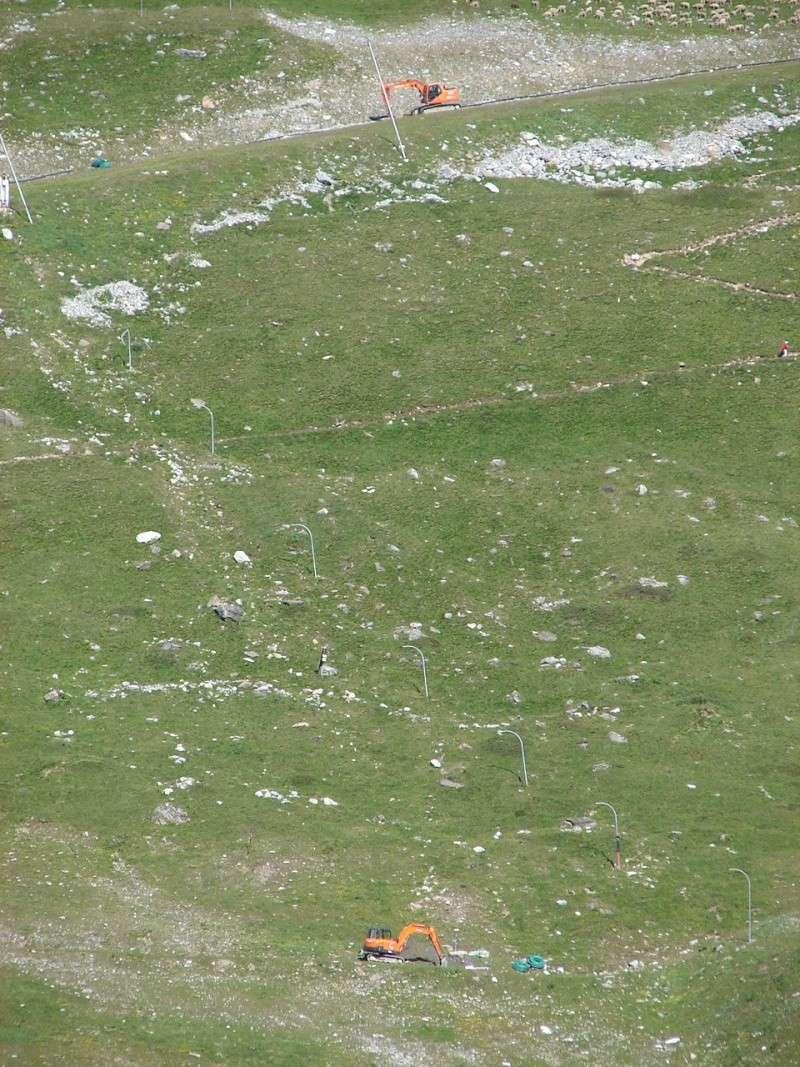 [EK]Réaménagement des pistes de l'Espace Killy - Eté 2007 Dsc00821