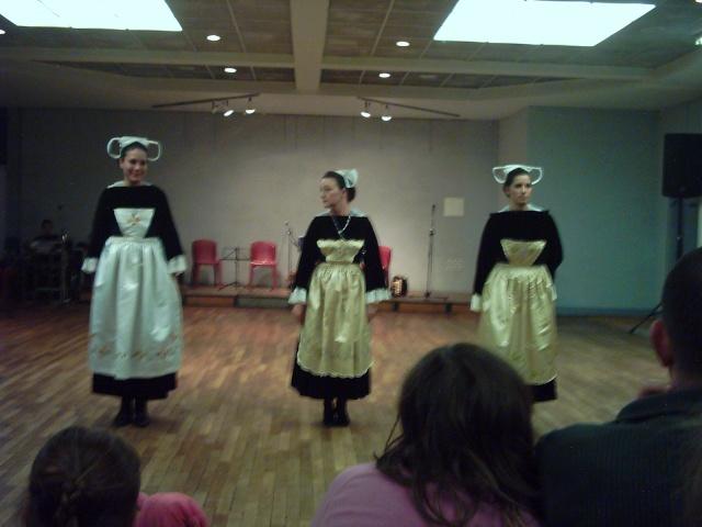 Costumes Pays Rouzig Reis_z22