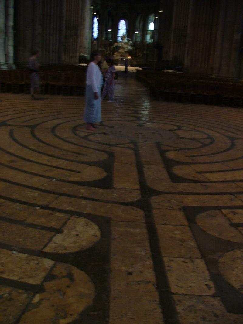 Le labyrinthe de Chartres : miroir du Sentier Photom15