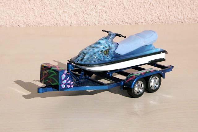 CHEVY SILVERADO avec jet ski 034gw710