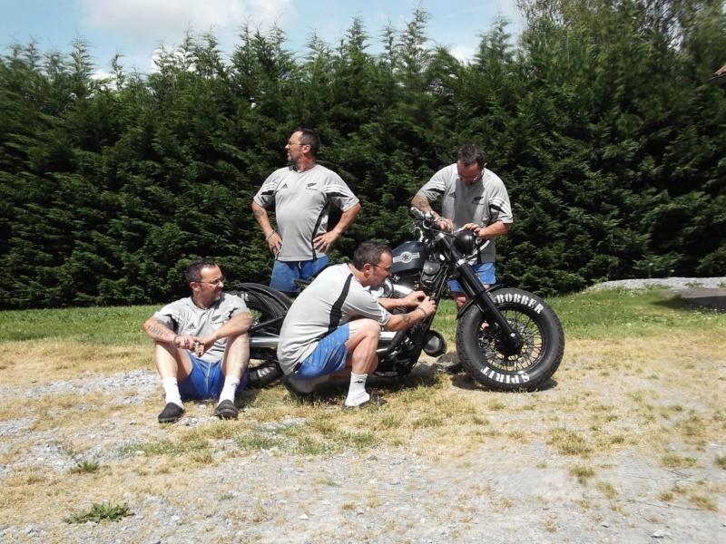 Biker et fier de l'être - Page 12 12238410