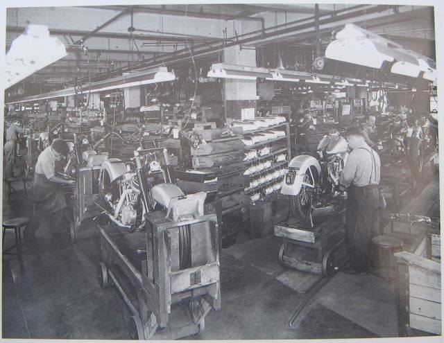 usine HD aux USA 19082210