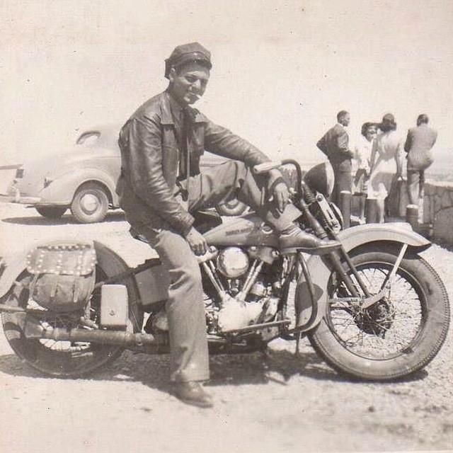 Biker et fier de l'être - Page 12 31110